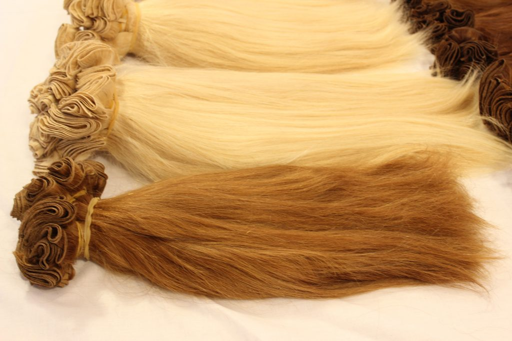 weft hair color